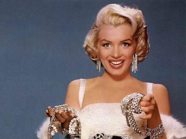 come pulire i diamanti brillanti segreti regole gioielli