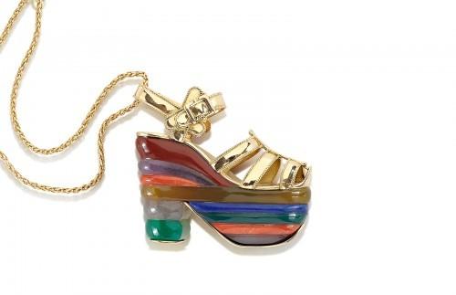 rainbow miniature preziose gioielli salvatore ferragamo oro pietre ciondolo