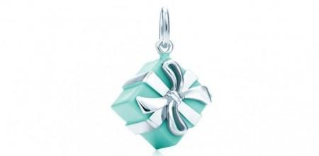 idee regalo gioiello natale tiffany ciondolo blue box scatolina argento smalto