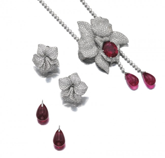 gioielli floreali cartier caresee orchidee diamanti orecchini collier