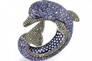 gioielli estivi marini de grisogono bracciale delfino zaffiri blu diamanti