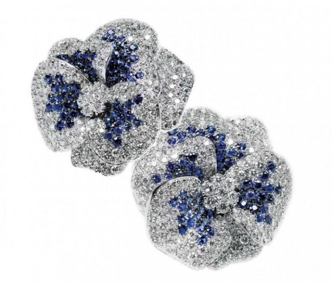 gioielli floreali leo pizzo fiori diamanti zaffiri orecchini