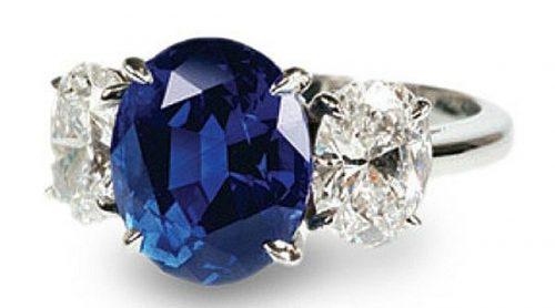 come scegliere gioielli con zaffiri anello trilogy diamanti fidanzamento
