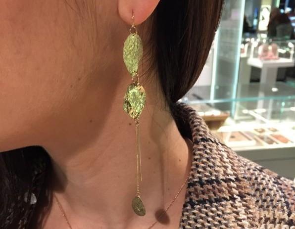 idee regalo gioielli natale orecchini Atelier VM pendente oro