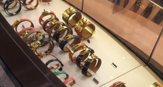 gioielli di natale boutique parigi hermes creazioni cuoio oro