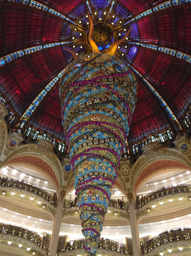 gioielli per natale parigi albero Galeries Lafayette