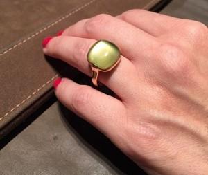 idee regalo gioielli leo pizzo anello cabochon quarzo verde