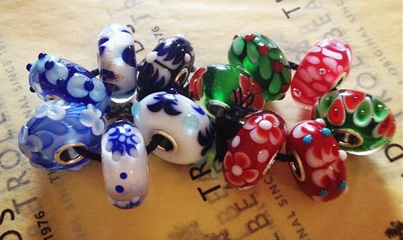 idee regalo gioielli trollbeads bracciali componibili set inverno prezioso magia del natale beads