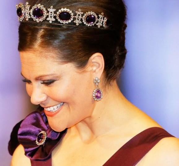 gioielli con ametista principessa vittoria di svezia tiara orecchini