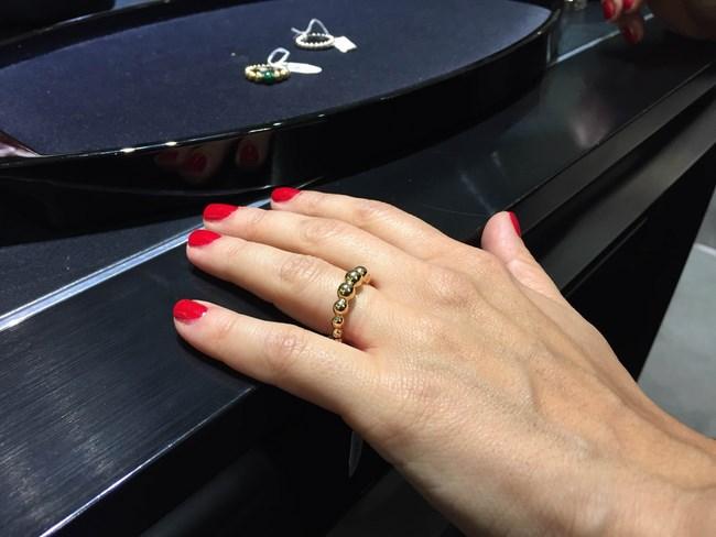 van-cleef-anello-perlee-tutto-oro-