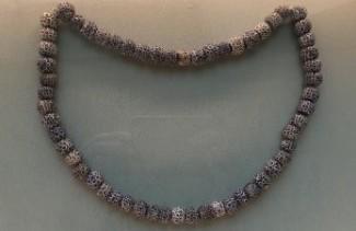 gioielli di san pietroburgo piazza del palazzo museo ermitage beads collana