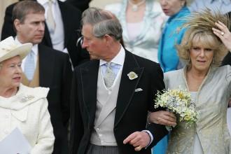gioielli reali inglesi camilla duchessa principe carlo regina elisabetta