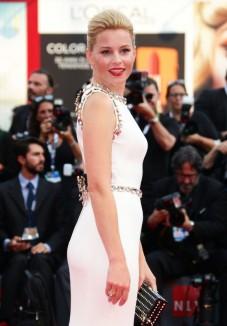 gioielli del festival di venezia 2015 elizabeth banks orecchini diamanti