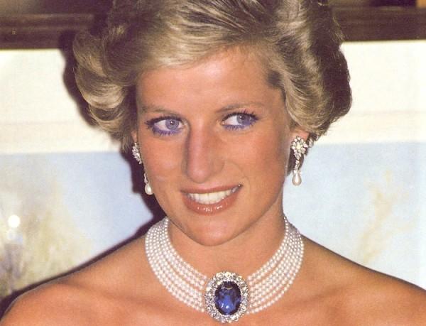 come scegliere le perle principessa lady diana collier zaffiro