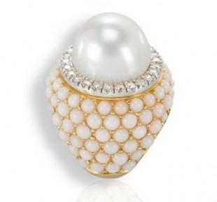 anello al mignolo chevalier oro diamanti perla gioielli