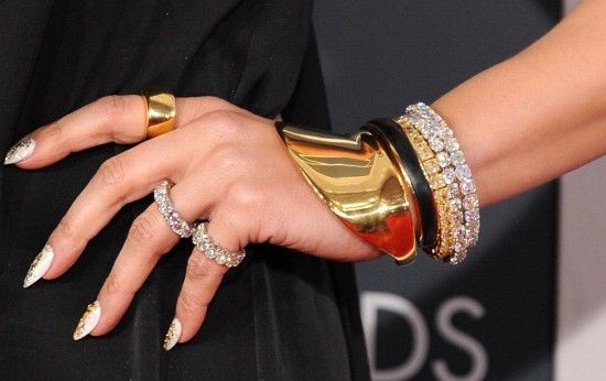 come scegliere bracciale tennis da regalare gioiello oro diamanti jennifer lopez