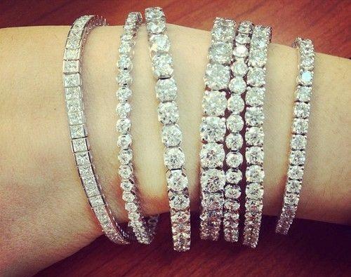 come scegliere bracciale tennis da regalare oro gioielli diamanti brillanti montature gioielli