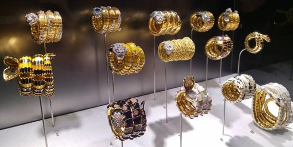 serpenti bulgari serpentiform bracciali orologi oro gioielli diamanti