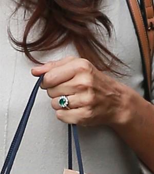 gioielli con smeraldo anello fidanzamento irina smeraldo
