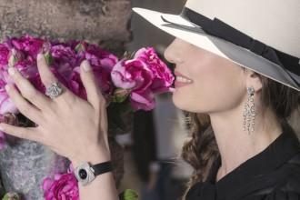 gioielli floreali anelli orecchini ciondoli